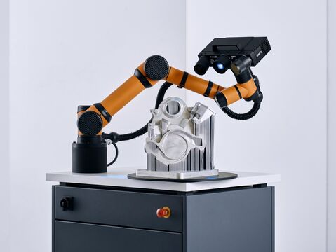 GOM ScanCobot with ATOS Q